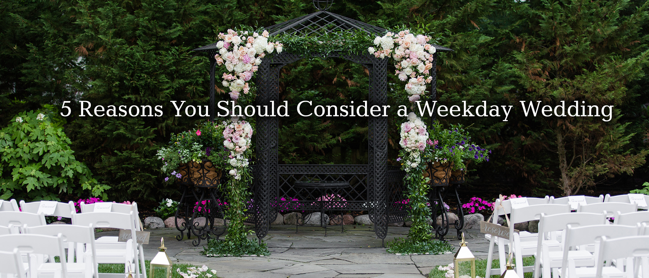 Five Reasons Why You Should Get Married on a Weekday