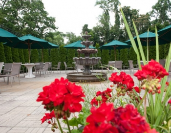 Colts Neck Inn Garden
