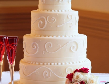 Colts Neck Inn Wedding Cake