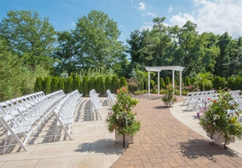 Sterling Ballroom at The Doubletree Outdoor Ceremony