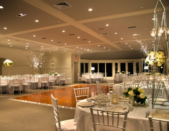 Grand Oaks Country Club Ballroom