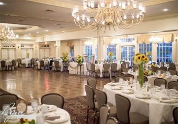 Ram\'s Head Inn Ballroom