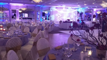 Pines Manor ballroom